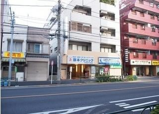 当こばやし歯科クリニックは、東京都江戸川区中央4-11-8に位置しております。