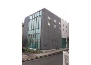 当太田歯科クリニックは、静岡市葵区にある安東の2丁目21番地23号に位置しております。