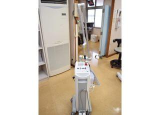 当医院に置いているレーザー治療機は、炭酸ガスレーザーです。