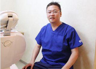 大貫歯科医院(本町) 大貫 泰則 院長 歯科医師 男性