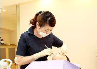 スタッフです。患者様の立場に立った治療を目指しています。