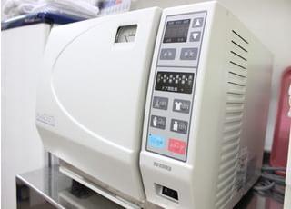オートグレーブ滅菌器を活用して、院内感染に気をつけております。