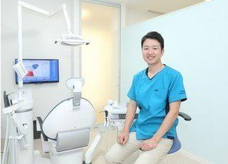 院長です。患者様に安心してご来院いただける歯医者づくりを心がけています。