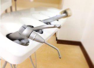 様々な機器を使い治療を行います。