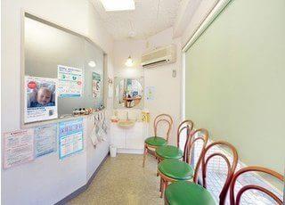 診療ユニットです。治療についての疑問などがあれば、お気軽にご相談下さい。