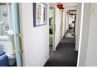 診療スペースは個室になっています。