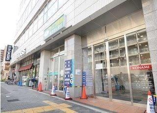 吉田歯科医院が入っている阪急OASISの入り口です。