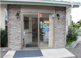 中込駅より徒歩15分のところにある、大塚歯科クリニックです。