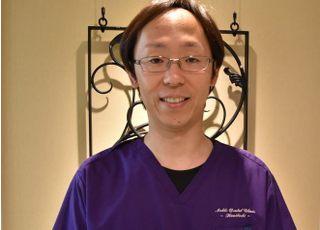 NOBLEくにたち歯科 岩田 照禎 院長 歯科医師 男性
