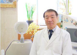 上松歯科医院 上松 謙介 院長・歯学博士 歯科医師 男性