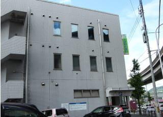 当院が入っている建物の外観です。