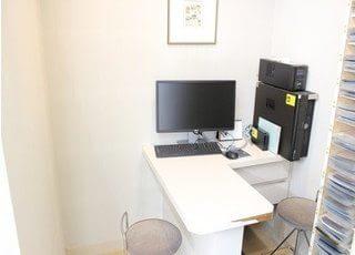 診療の相談するときに使うカウンセリングルームです。