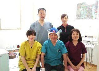 なるせ歯科スタッフ一同です。患者様とのコミュニケーションを大切に診療します。