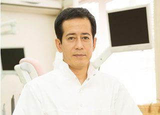 あまがい歯科医院 天海栄一 院長 歯科医師 男性