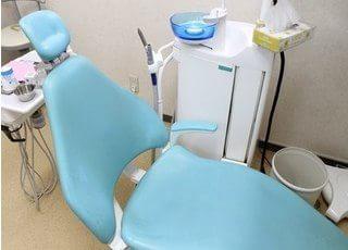 清潔な診療室で治療を行います。