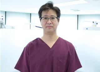 ワイズデンタルオフィス 杉山 靖史 院長 歯科医師 男性