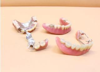 御徒町駅前歯科クリニック_入れ歯・義歯2