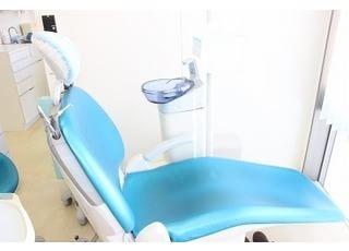 ひらが歯科クリニック_失った歯を取り戻すためのインプラント及び義歯