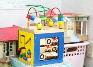 おもちゃもご用意しておりますので、お子様連れの方も安心してご来院下さい。