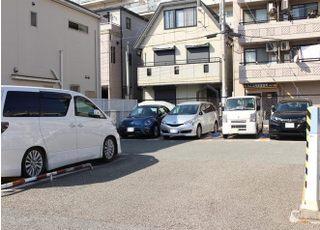 提携駐車場もございます。
