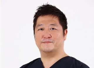 医療法人眞仁会 代官クリニック 千原 明得 院長 歯科医師 男性