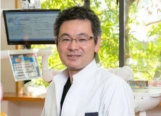 長院長です。日々、歯科医療技術の向上に努めております。