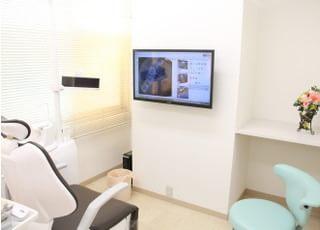 患者さまがリラックスして治療を受けられるよう配慮しています。