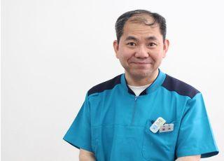 東野幌歯科・矯正歯科クリニック 筒渕 徳蔵 院長 歯科医師 男性