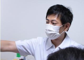 くに歯科医院_先生の専門性・人柄2