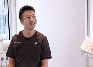 松本デンタルオフィス 松本 圭史 院長 歯科医師 男性