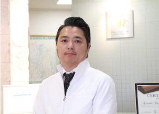 新橋虎ノ門デンタルクリニック_吉橋