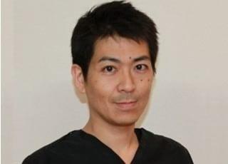 あおぞら歯科クリニック 岡田 崇之 院長 歯科医師 男性
