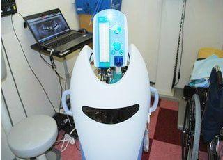 笑気ガスを使い、恐怖心の少ない治療を行います。