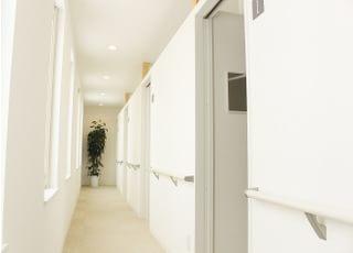 院内廊下です。