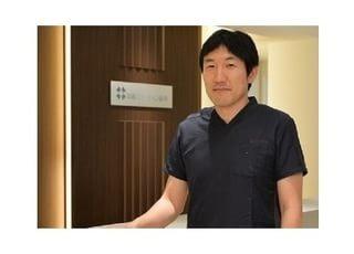 高槻ステーション歯科 成田 宏平 院長 歯科医師 男性