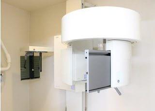 デジタルレントゲンを使用することで放射線量の少ない治療を心掛けております。