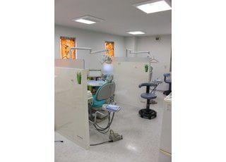 一般的な歯科診療をはじめ、小児歯科、ホワイトニング、歯周病治療、インプラントなど幅広く対応しております。