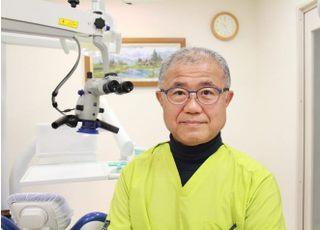 津江歯科医院 津江 明伸 院長 歯科医師 男性