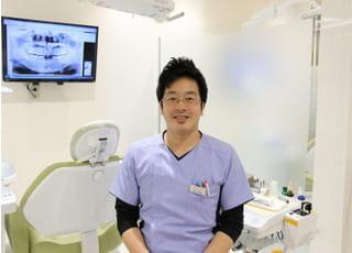 医療法人 敬真会 とく歯科クリニック 徳山 裕輔 院長 歯科医師 男性
