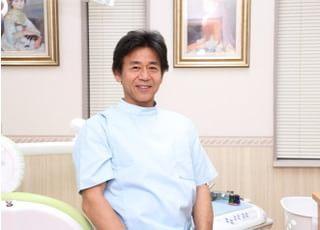山根歯科医院 山根 孝夫 院長 歯科医師 男性