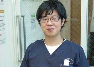 院長の神成です。地域の皆様のかかりつけ歯科医として、お気軽にお頼りいただければ幸いです。