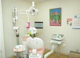 診療台です。お口のお悩みに迅速に対応いたします。