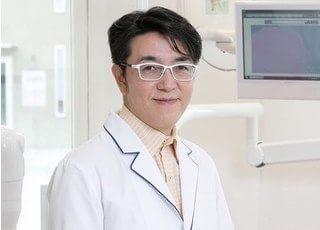 中村先生です。お口の事でお困りの方はお気軽にご相談ください。
