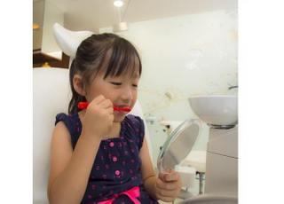 お子さまの虫歯予防に力を入れております。