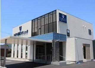 当院は高松市国分寺町にございます。予讃線の端岡駅から車で4分です。