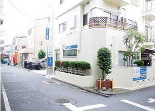 エンドウ歯科医院は中野新橋駅から徒歩8分の場所にございます。