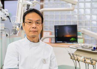 よしの歯科 吉野 勝久 院長 歯科医師 男性