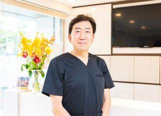 上十条歯科 坪野 慶弘 院長 歯科医師 男性