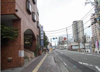 大分駅から徒歩7分の場所に当院はあります。