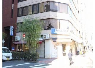 当院へお越しの際は、銀座一丁目駅の10番出口からのアクセスが便利です。